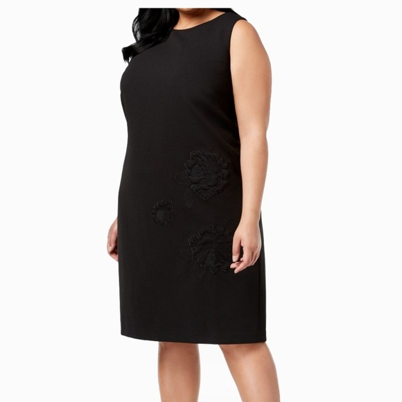 Betsey Johnson Plus Size Embroidered Shift Dress NWT